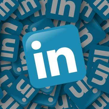 Robin Samora | PR & Brand Expert | How Do I Publish Articles on LinkedIn Pulse?