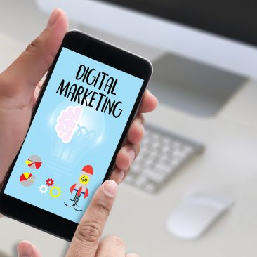 Robin Samora PR and Brand Expert | Do THIS with 2017 Digital Marketing Trends