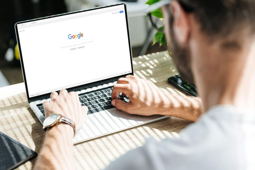 , 5 Awesome Examples of What to Post on Google My Business, Robin Samora | Small Business Marketing and PR Expert Speaker
