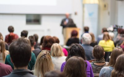5 Public Speaking Tips to Nail Your Next Hybrid Event